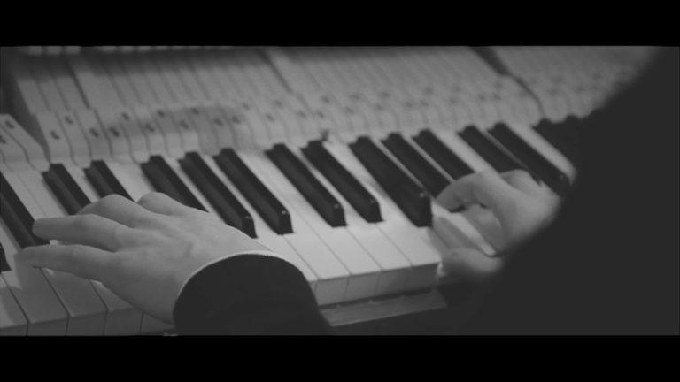 Ô Lake - The Leftovers | Piano Solo Live